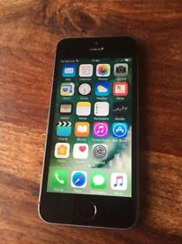 iPhone 5s on 02 and gif gaff 16gb