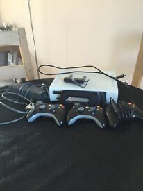 Xbox 360 120gb including all wires, 3 controllers and multiple games