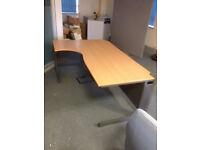 1800MM Curved Desk