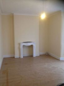 LARGE 4 BED HOUSE TO RENT IN GOODMAYES!! 3 RECEPTION ROOMS! ALL NEWLY REFURBISHED. MUST SEE £1800PCM