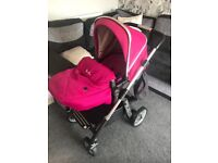 Silver cross pioneer pram with car seat £200 pick up only
