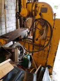 Henry Milne Vertical Milling Machine