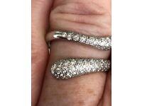Tiffany and co platinum diamond ring 11 grams 0.80pts