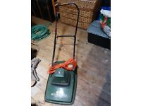 """BLACK AND DECKER HOVER MOWER 12""""CUT"""