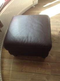 FOR SALE POUFFE/FOOT STOOL