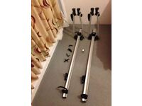 2 Exodus Roof Mount Car Bicycle Bike Carrier Fit Most Roof Bars Racks Lockable with 4 keys VGC