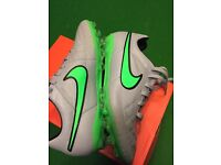 Brand New Nike Tempo size 5 football boots