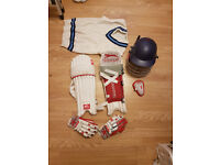 Cricket accessories for youth in very good condition