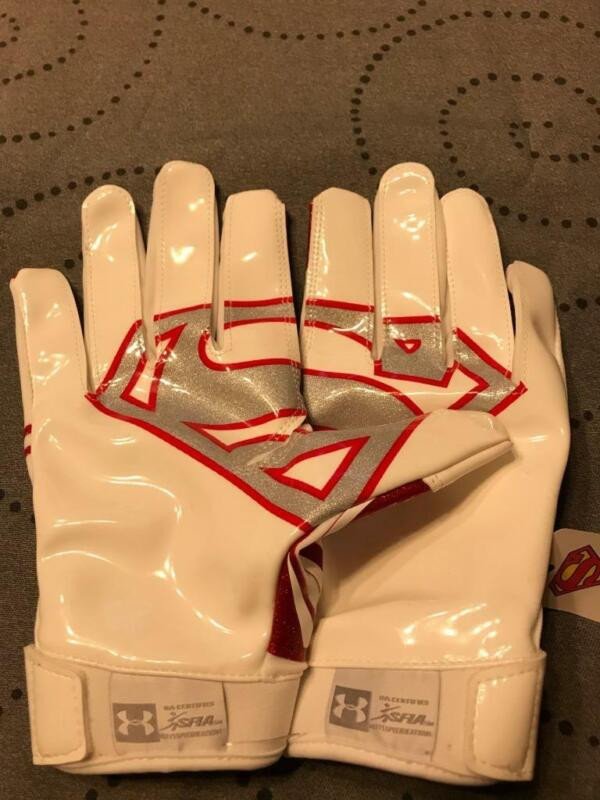 UNDER ARMOUR F5 ADULT SIZE SMALL SUPERMAN FOOTBALL GLOVES 1285056 NWOT