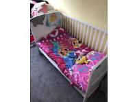 Mama's and papa's cot bed and baby changer unit