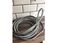 Electric cable x 6 metres