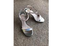 FAITH IRIDESCENT / SILVER HIGH HEEL SHOES SIZE 3 EURO 36