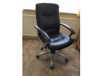 Black and silver office chair in great condition - height adjustable
