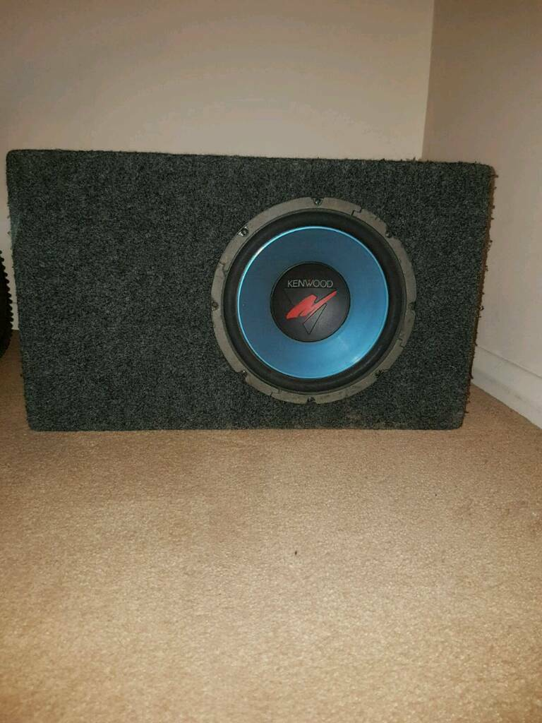 10 inch kenwood sub and alpine amp