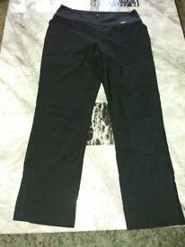 Black 3 quarter length trousers size 10