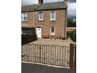 Immaculate 1 bed flat for sale. Walk in condition. GCH. Garden/lawn. Private parking.