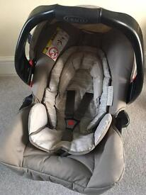 0+ Car seat and base Perfect condition