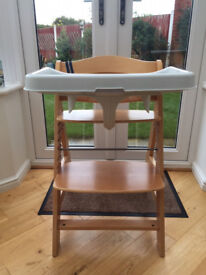 Hauck high chair with tray - excellent condition