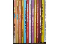 BROONS-OUR WULLIE.ANNUALS,BOOKS COLLECTION,COVERS SHELF WEAR,BOOKS AS NEW UNREAD