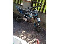YX 140cc stomp pit bike/pitbike