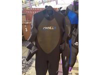 6 Wetsuits for sale, sizes range, all 3mm thick.£150