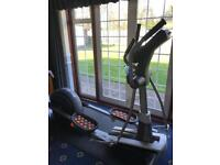 NordicTrack E11.5 Power Incline Folding Elliptical Cross Trainer + Free Mat / iFIT tracker