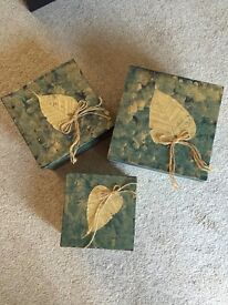 Gift boxes set of 3 fits into each other