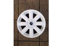 BMW Mini Cooper s One 8 Spoke 4 stud 17 inch white alloy wheel 6769412 7jx17 r56
