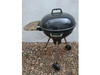 Small mobile barbeque