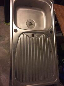 Kitchen sink , exclent condition