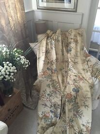 Home and garden... 2 sets of curtains