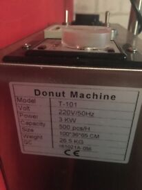 Commercial doughnut machine
