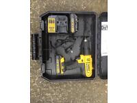 DEWALT XR 18v DRILL WITH 2 BATTERIES CHARGER