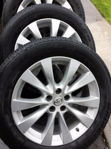 TOYOTA VENZA 19 INCH FACTORY OEM WHEELS WITH 245 / 55 / 19 ALL SEASON TIRES.