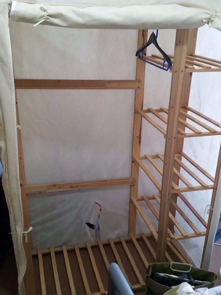Wardrobe wood and linen