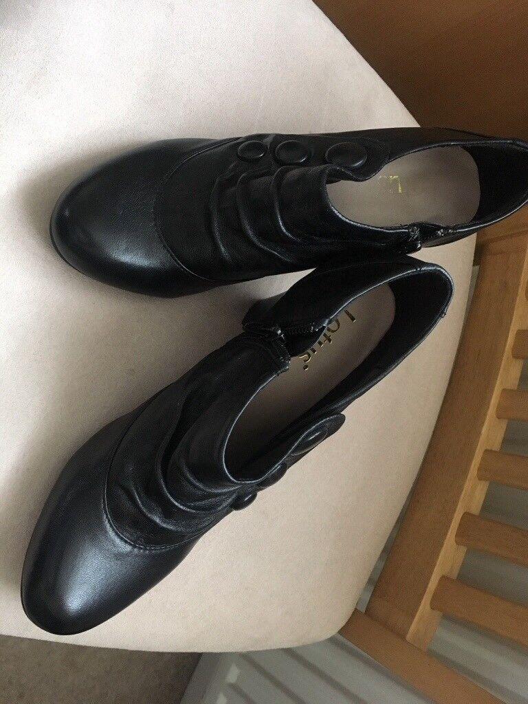 LADIES LOTUS BLACK SHOE/BOOTS - SIZE 6 - HARDLY WORN - VGC