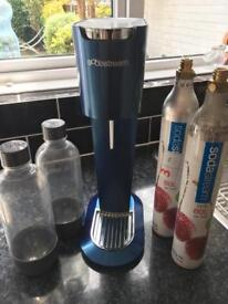 Sodastream plus bottled & gas canisters