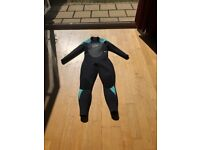 Brand new (worn once) ladies Gull wetsuit, size 16