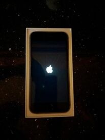 iphone 6 boxed and in good condition