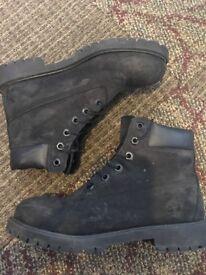 Black timberland boots size 5