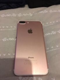 IPHONE 7 pluse 32 GB (rose gold) £310 ONO (cash only)