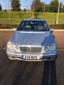Mercedes C240 Classic - Excellent condition, low mileage! Sunroof, Cruise, CDC