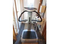 Gadget:fit Power Vibration Plate. Very little used, excellent condition.