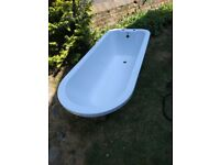 7 x Brand New Round Top Baths For Sale