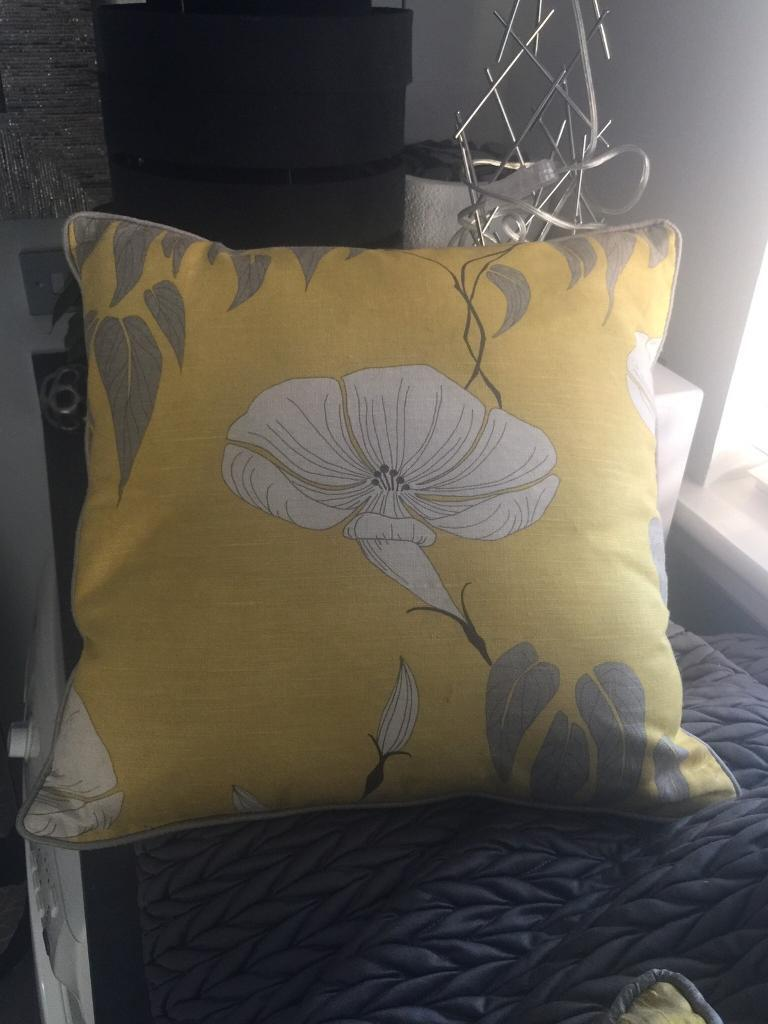 Selection of cushions £5 each