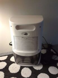 2 LITRE COMPACT GOLD-TEC DEHUMIDIFIER, perfect working condition