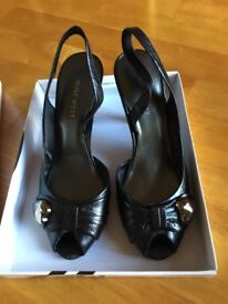 Ladies leather shoes size 4