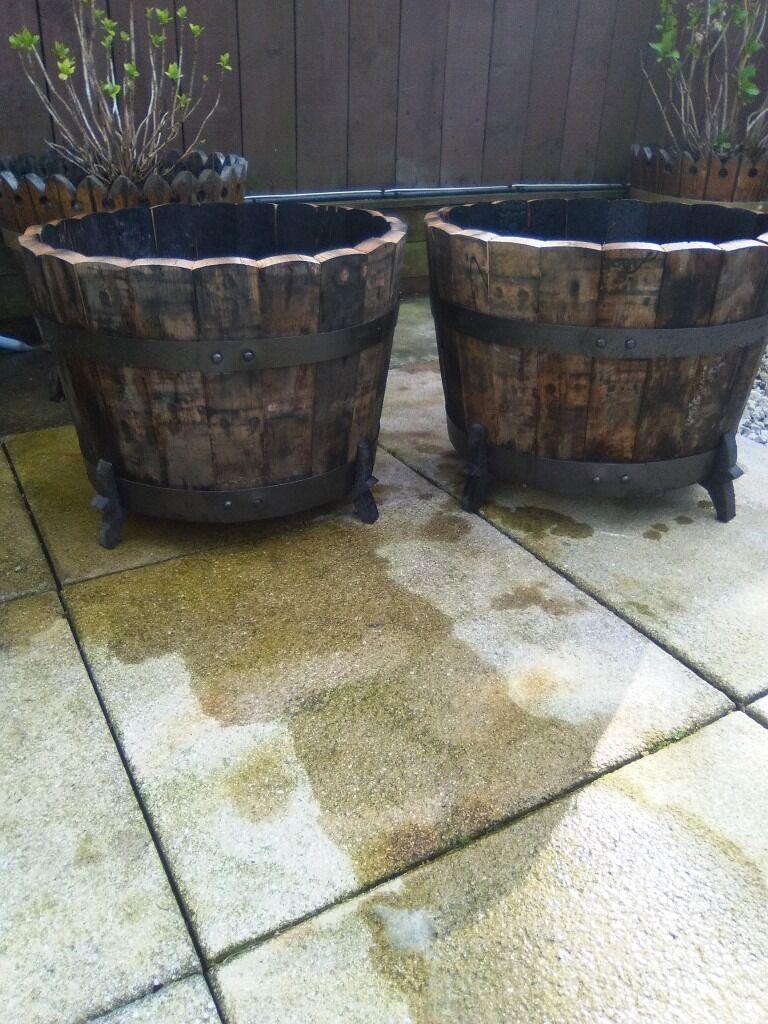 Petal topped solid oak tubs