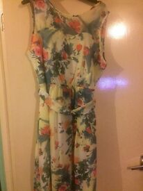 Women's dress size 16