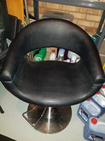 Moulded Leather Salon Chair Hydraulic